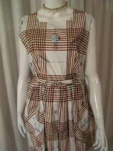 1950's Vintage daisy print picnic dress **SOLD**